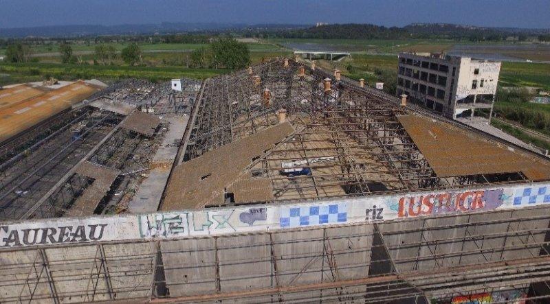 Désamiantage de l'ancienne usine Lustucru